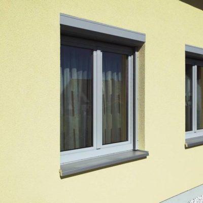 Weiße Fenster aus Kunststoff